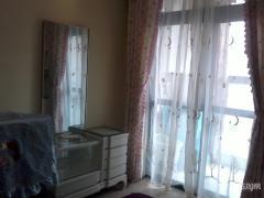 汉嘉都市森林1室1厅1卫30平方产权房豪华装