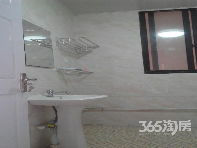 华夏东城一品3室1厅1卫82.00㎡合租简装