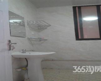 华夏东城一品3室1厅1卫82.00�O合租简装