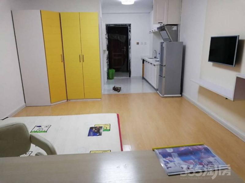 维多利亚国际公馆1室1厅1卫50平米整租精装