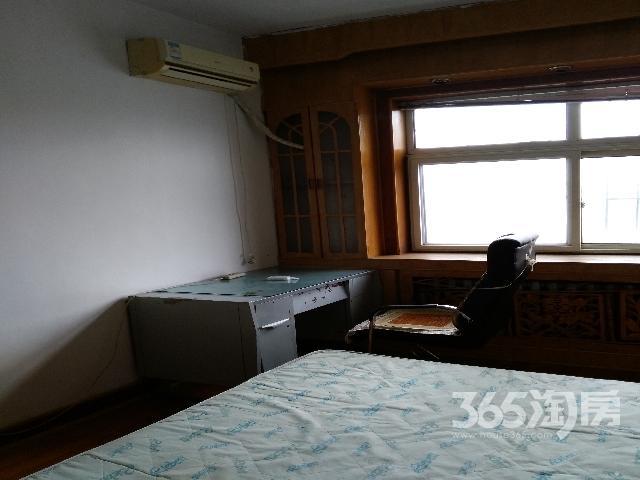 涌泉铁路小区2室1厅1卫70.00�O整租简装