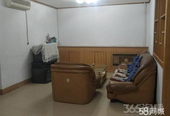果园小区3室2厅1卫117�O1998年满两年产权房简装