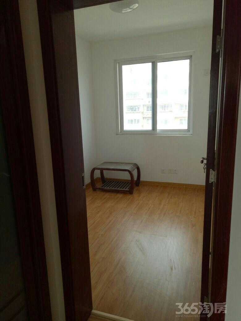 琵琶花园3室1厅1卫92平米整租中装