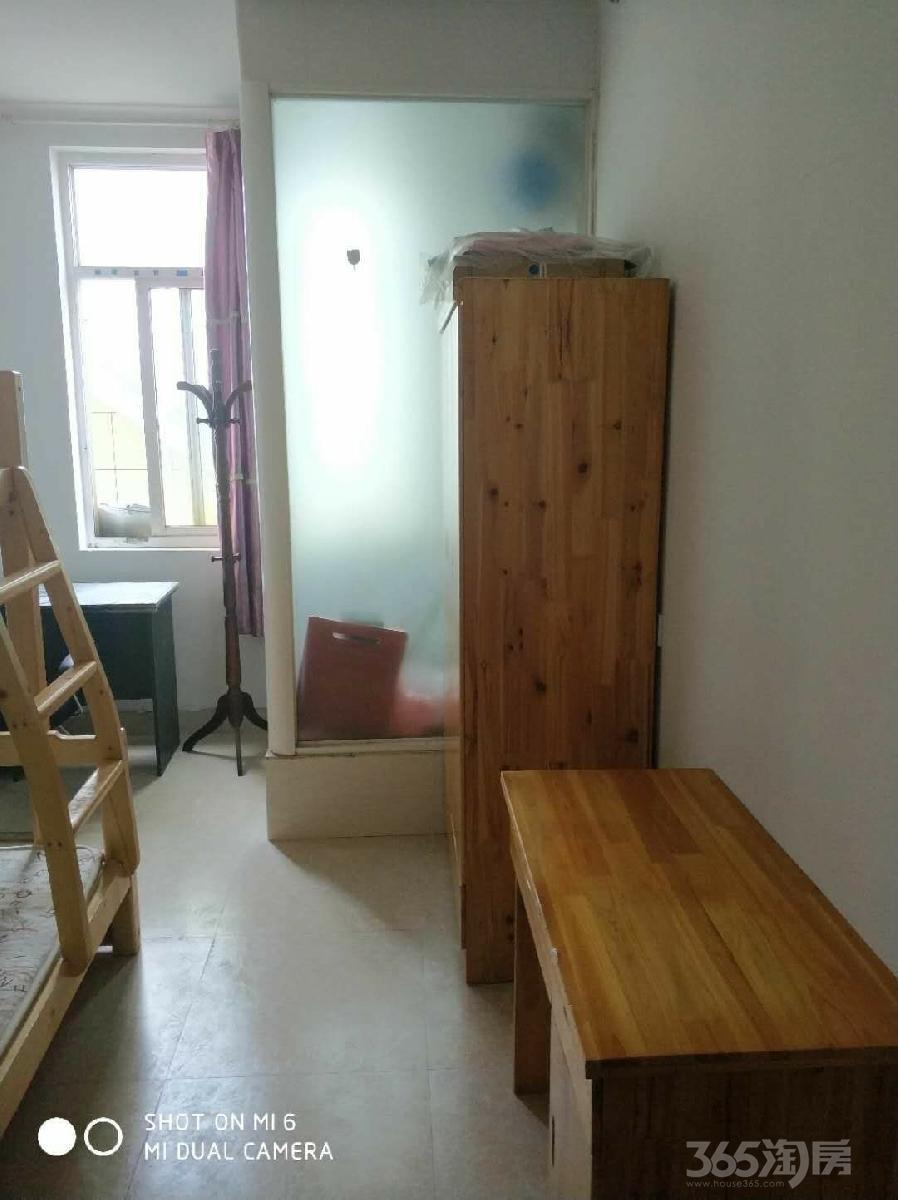 抄纸巷小区1室0厅1卫15平米整租精装