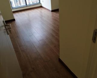 CBD万达2室2厅1卫81平米16年产权房豪华装