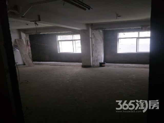 坤逸酒店二楼500�O整租毛坯