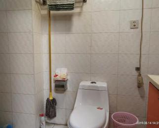 百通国际公寓 红山路 迈皋桥地铁一号线 交通便利 可以注册