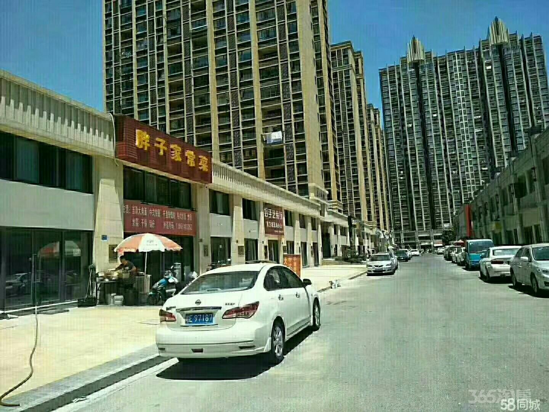 朝辉东方城88.32平米2011年空铺毛坯