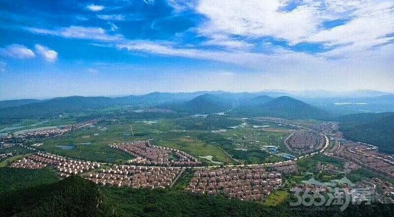 碧桂园如山湖城3室2厅4卫140平米2012年产权房精装