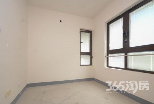 高科荣境3室2厅1卫95平方产权房毛坯