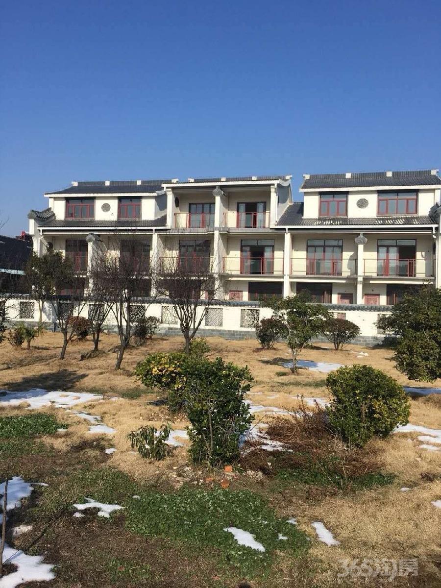 万福山庄4室4厅4卫180平米2015年产权房毛坯