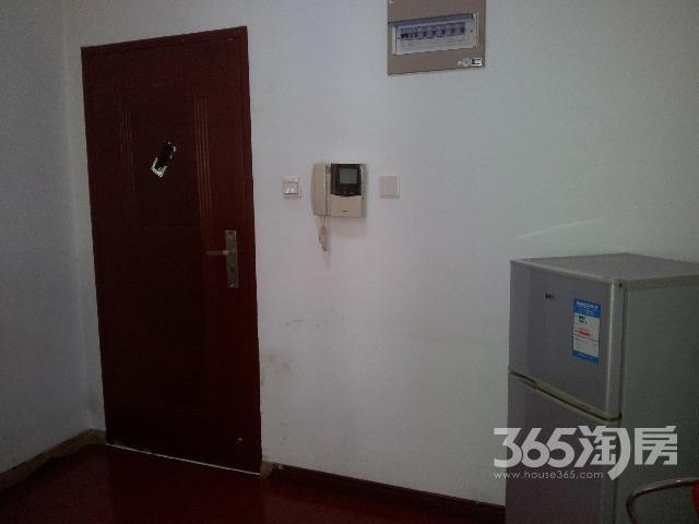 水岸人家1室1厅1卫50㎡整租精装
