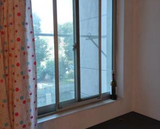 春潮花园二区3室1厅1卫10平米合租精装