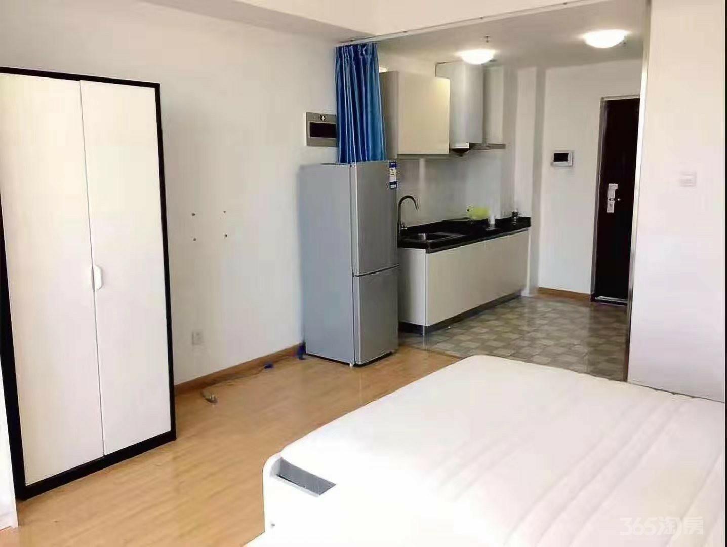 铂悦公寓1室0厅1卫43.5平方米82万元
