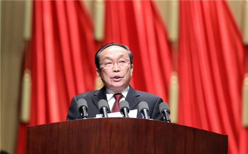 张夏林委员发言。(记者 符秀云摄)