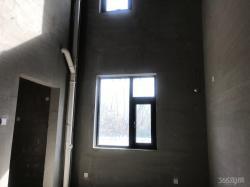 剑桥郡四期5室2厅2卫560万元235.93平方
