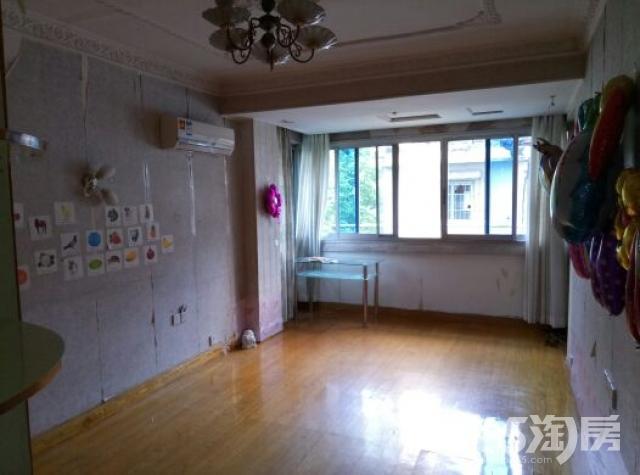 马市街小区1室1厅1卫45平米日租中装