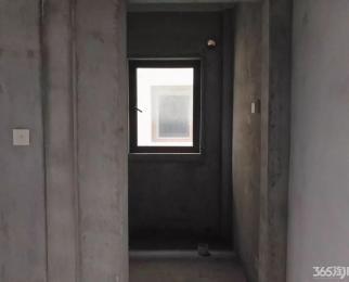 溧水�h峰庄园 联排别墅 满两年 送超大院子 送车库