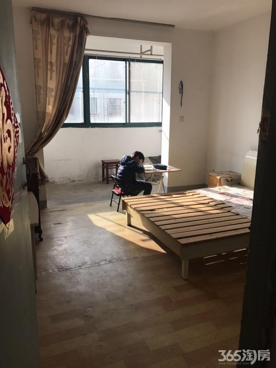 天景山盛乐苑3室2厅1卫92平米整租简装
