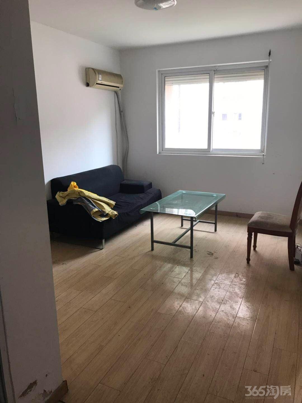 花港幸福城玫瑰园3室2厅1卫90平米简装整租