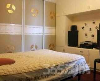 湖景花园5室3厅2卫212平米豪华装产权房2005年建