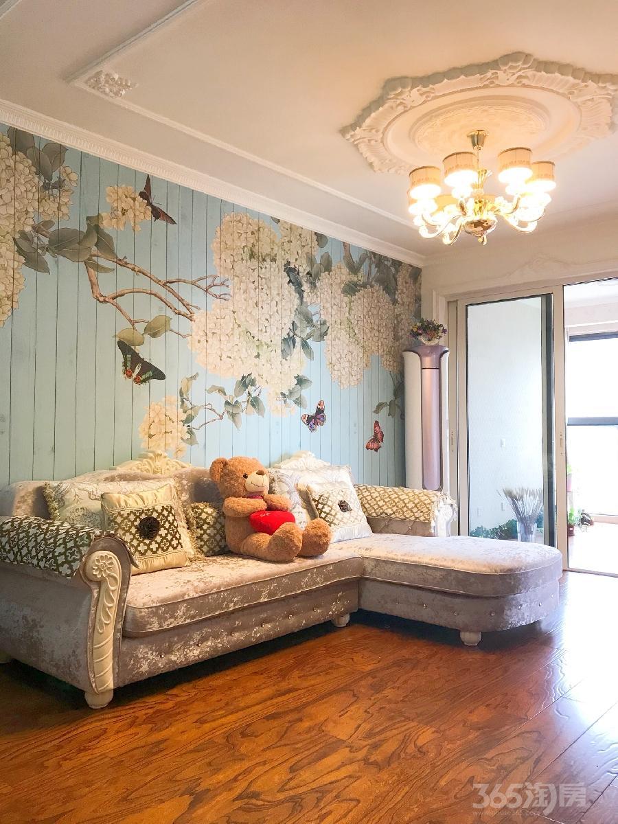 石林大公园4室3厅2卫75平米豪华装产权房2015年建