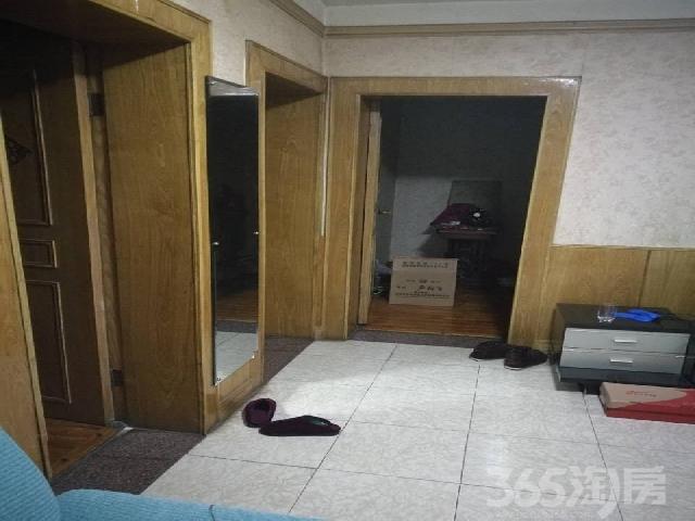 蚂虾街盐巷子3室2厅1卫100�O整租精装