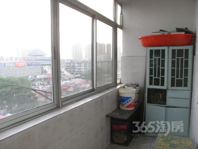 长江批发市场对面电信2室1厅1卫80平米整租简装