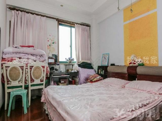 天都花园对面白领生活馆、正气三房、少税费、看房方便、诚心出售