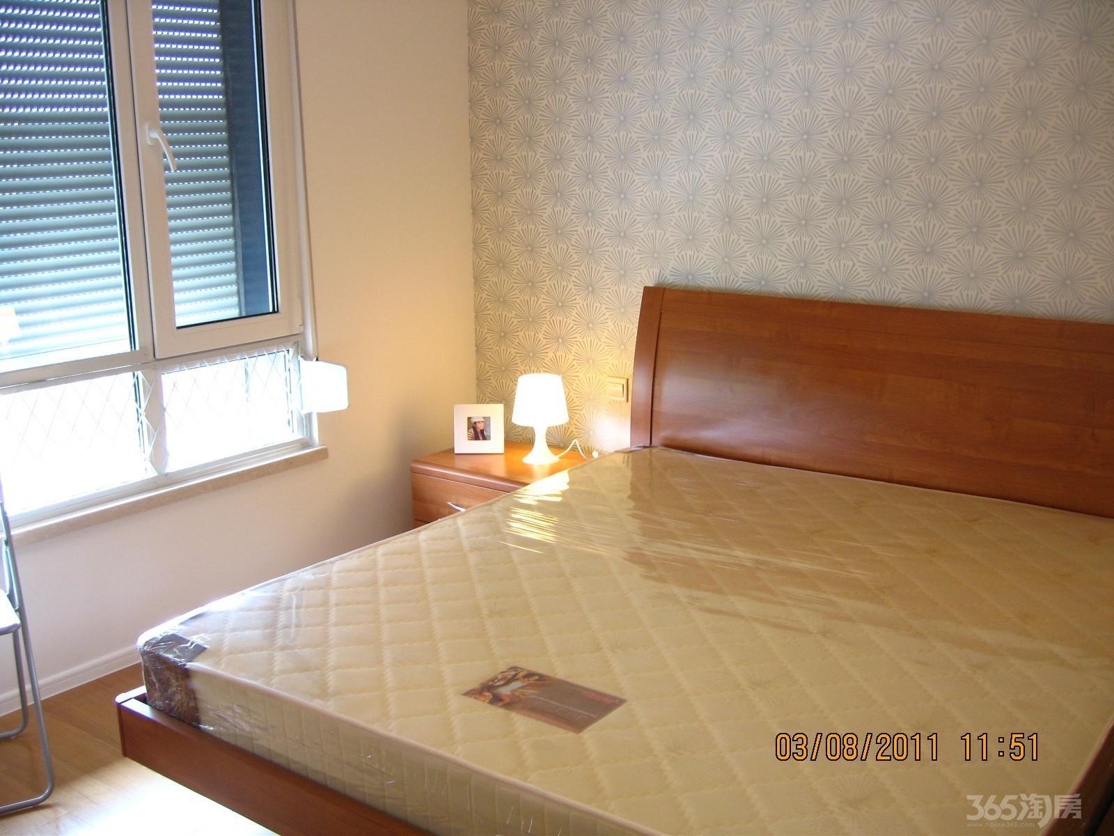 朗诗国际街区1室1厅1卫60平米整租精装