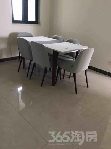 宝华恒大雅苑4室2厅2卫145平米精装产权房2018年建