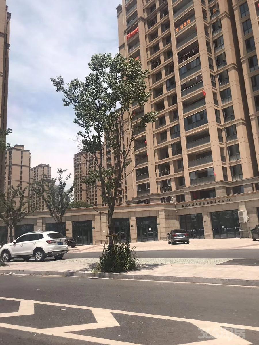 地铁1号线西子国际旁交通便捷繁华地段房东急售低于市场