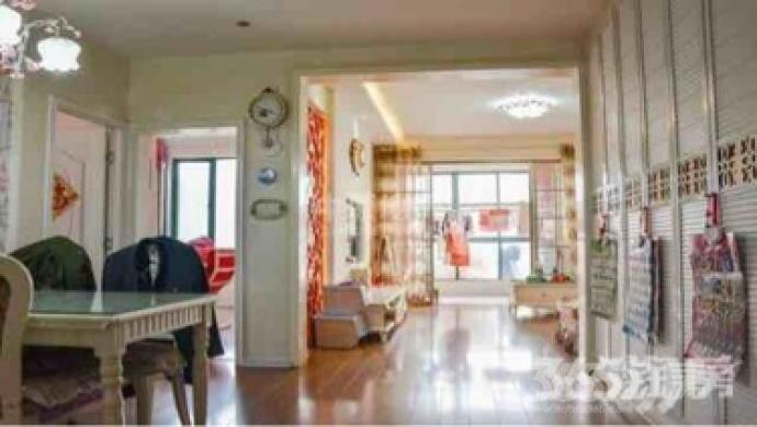 左邻右里3室2厅1卫122平米365万元产权房豪华装2012