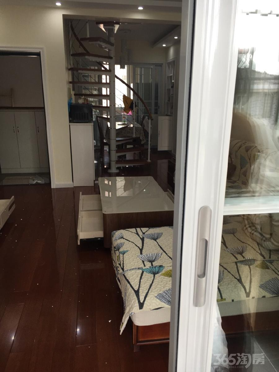 淳东花园3室2厅1卫84平米精装产权房2009年建