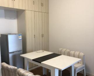 太湖国际社区聆湖2室1厅1卫90平米整租简装