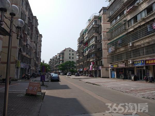 [河滨小区]边套 满2年 房东急卖
