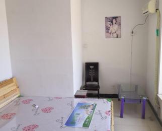 凤凰城家家景园3室1厅1卫18平米合租精装