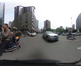 秦淮区秣陵路正规门面餐饮除外其它业态都可以