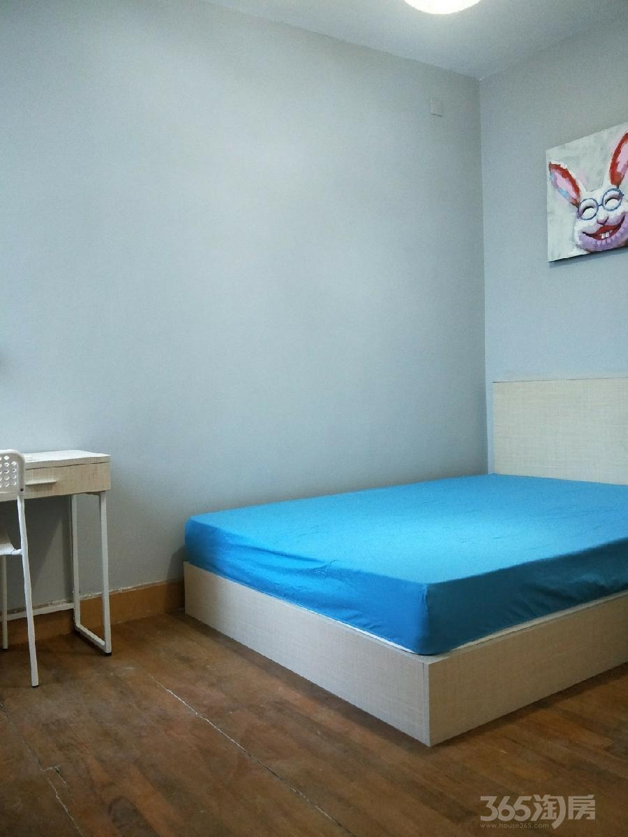 白领生活馆3室1厅1卫28平米合租精装