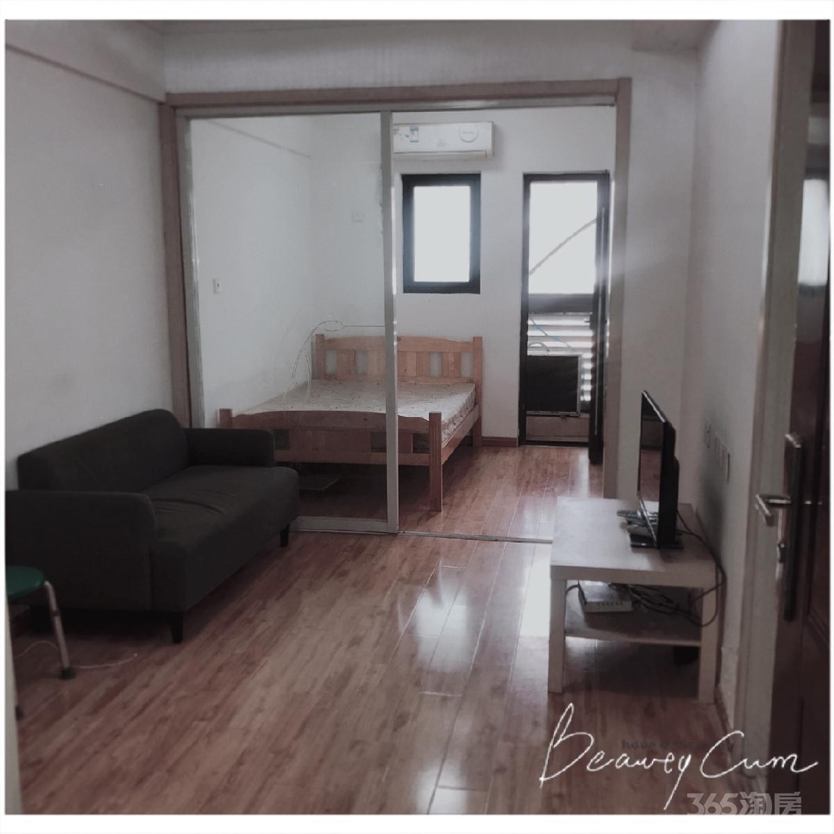融侨世家2室1厅1卫50平米整租精装