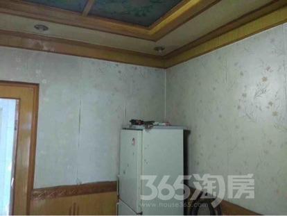 阳光小区3室1厅1卫75平米中装产权房2005年建满五年