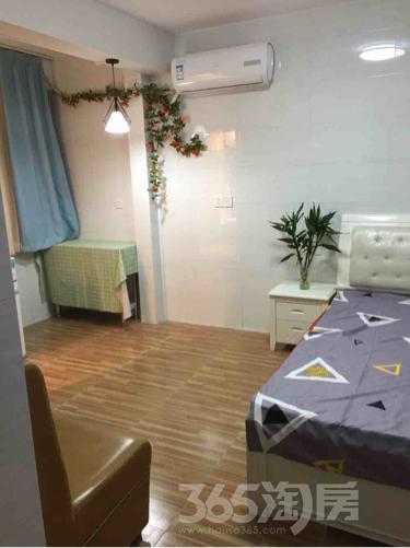 曙宏南苑1室0厅1卫20平米整租精装