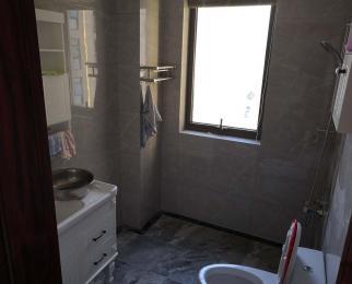 平安家园3室2厅2卫128平米