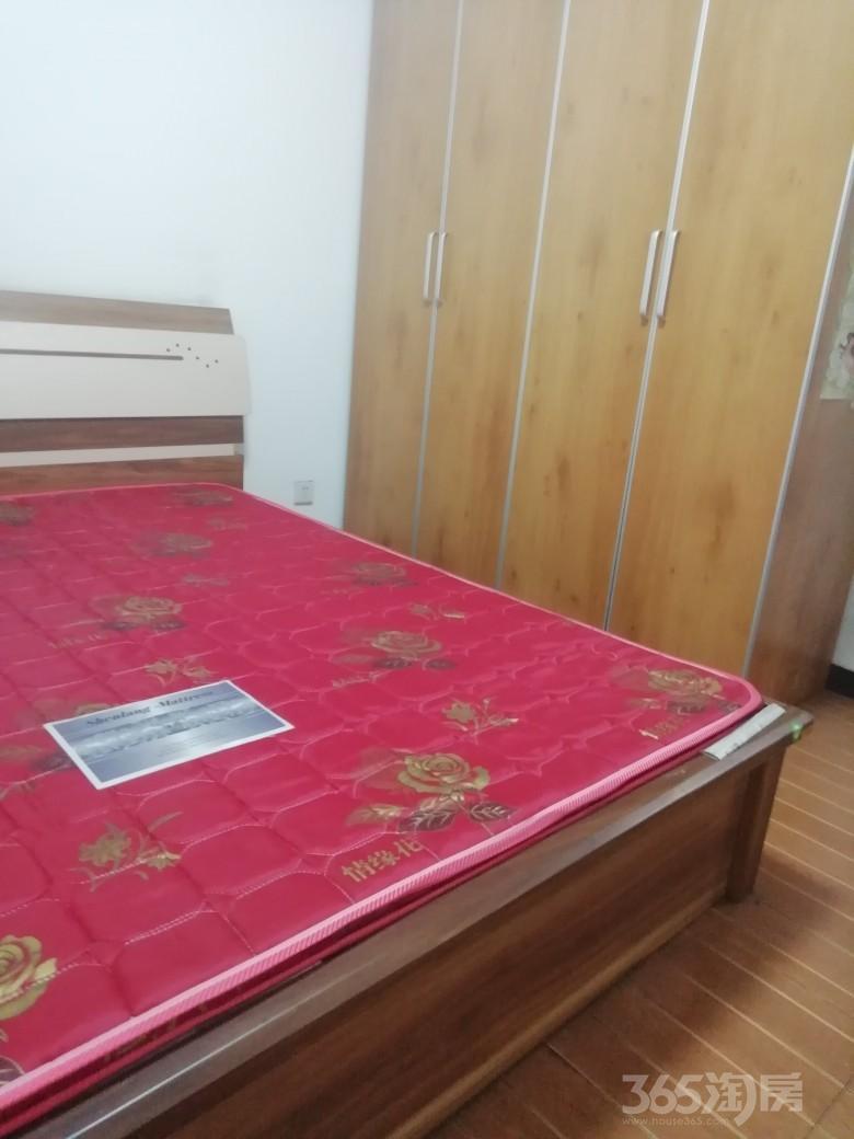 黄金嘉园2室1厅1卫98平米整租精装