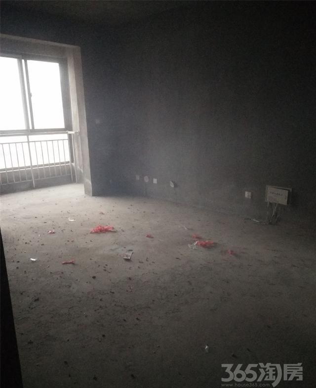 新美城上领地3室2厅2卫133平米毛坯使用权房2017年建