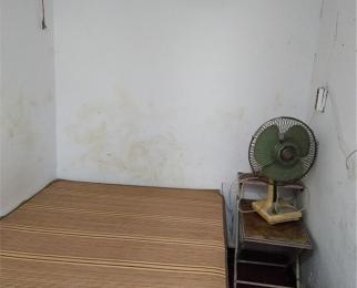 同曦鸣城 湖东音乐苑储藏室一间 适合做仓库或者其它用途