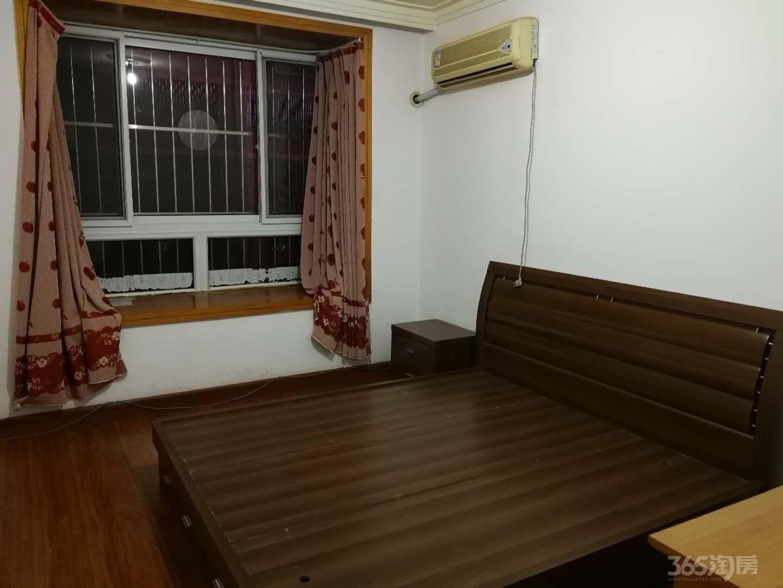 极美苑3室2厅1卫124平米整租精装