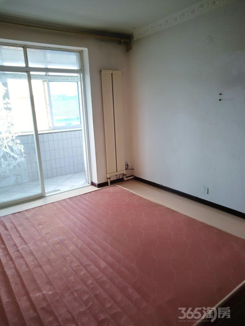 世代社区2室2厅1卫76平米整租简装