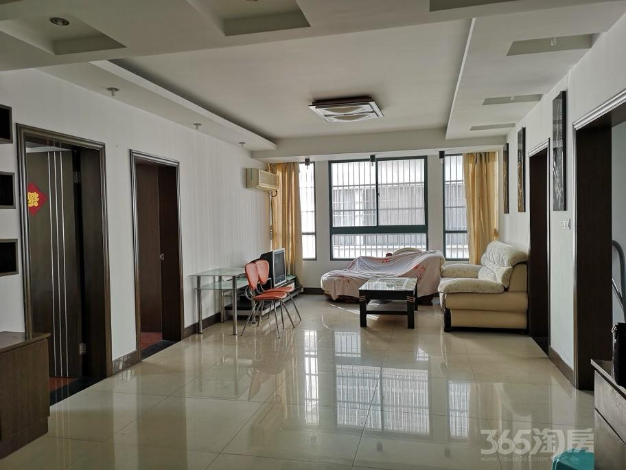 东方名城3室2厅1卫126.2平米2007年产权房精装
