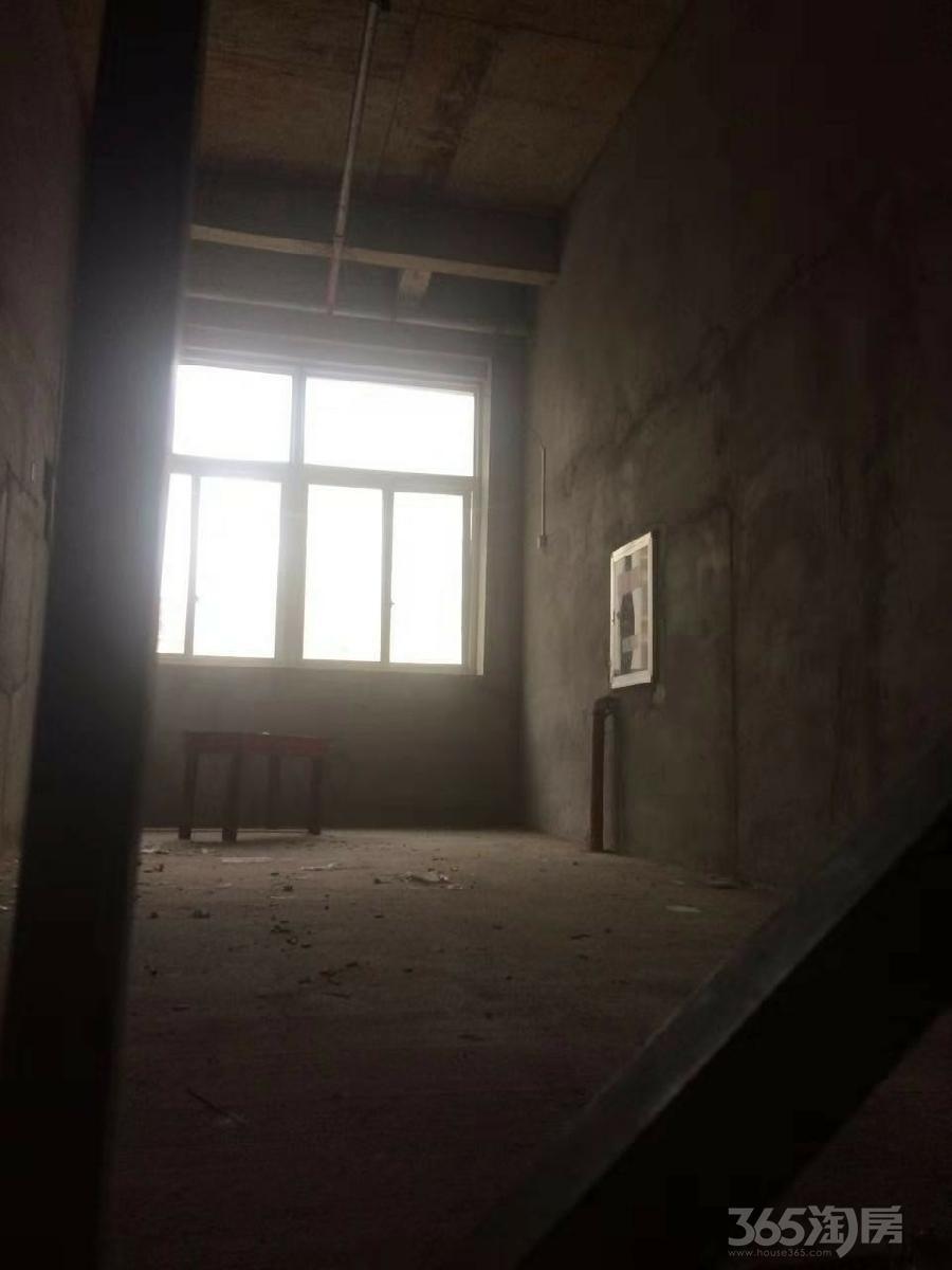 旺铺急售凯旋名门小区87.3平米2016年空铺毛坯